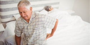 Een laagwaardig of verouderd matras kan rugklachten veroorzaken of reeds bestaande klachten verergeren.